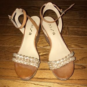 Gold and tan wedges women's 9.5